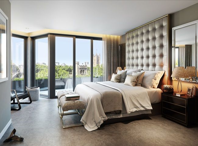 Penthouse's Master En-Suite Bedroom overlooking Lambeth Palace in Palace View